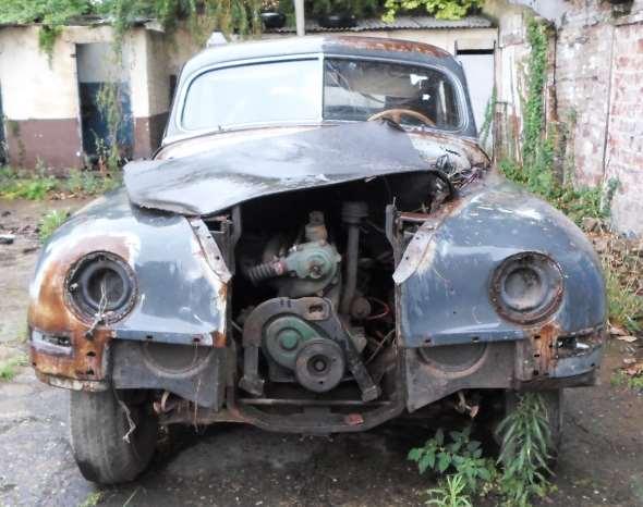 Auto Packard 1948