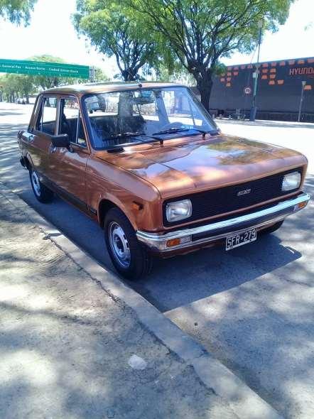 Auto Fiat 128 CL5 Europa