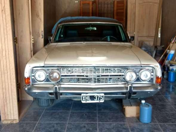 Car Ford Fairlane Ltd