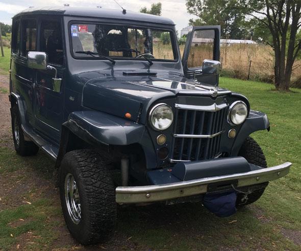 Car IKA Estanciera 1957