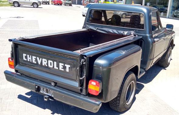 Auto Chevrolet C10 Brava