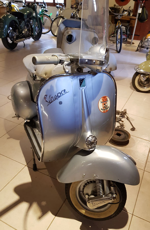 Moto Vespa PX 150 1957