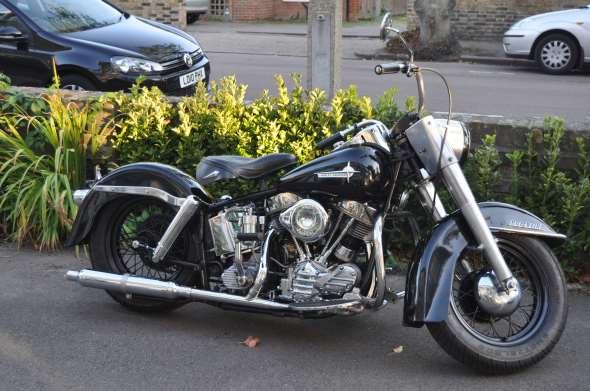 Moto Harley Davidson 1961 Duo Glide