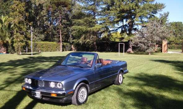 Auto BMW 325i Convertible E 30