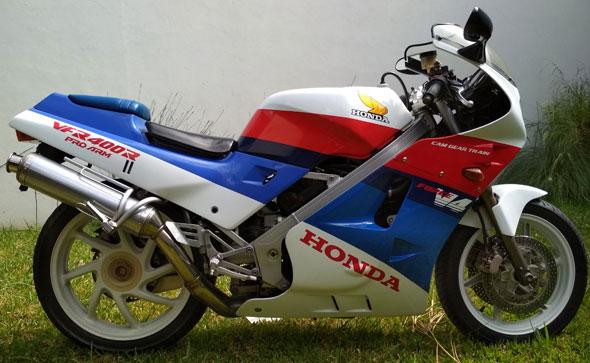 Honda VFR 400R Motorcycle