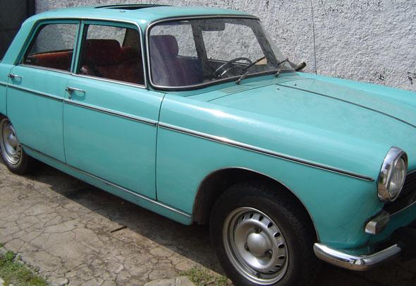 Auto Peugeot 404 1977