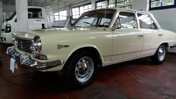 Auto IKA Renault Torino 300