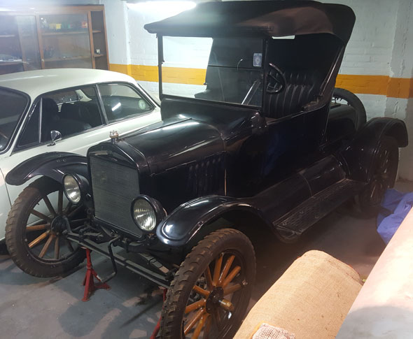 Auto Ford T Runabout 1922