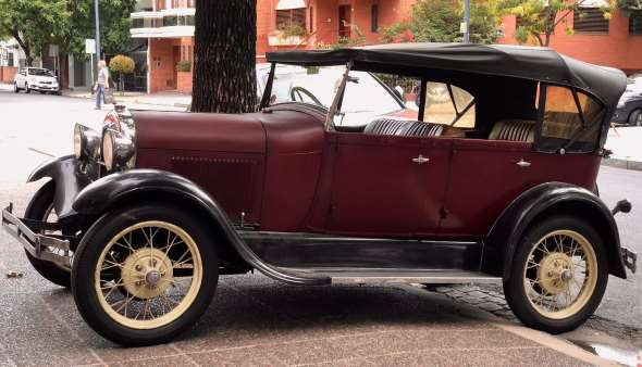 Auto Ford A Doble Pheaton 1929