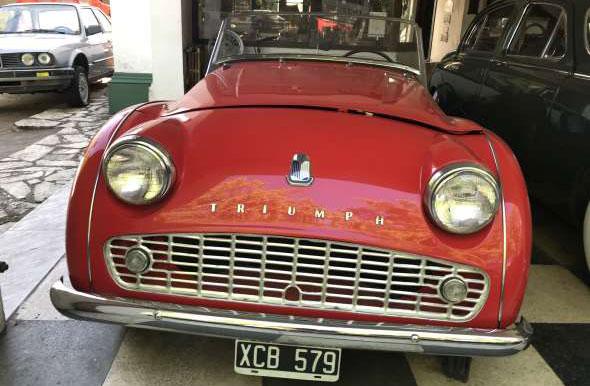 Auto Triumph TR3 1960