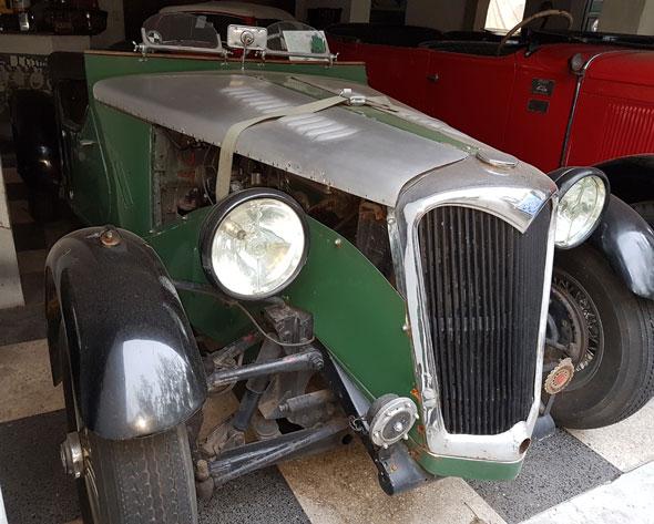 Auto Riley Baquet 1947