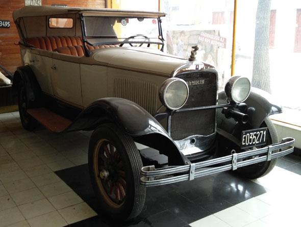 Auto Plymouth 1929