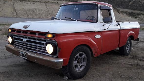 Auto Ford F100 1966