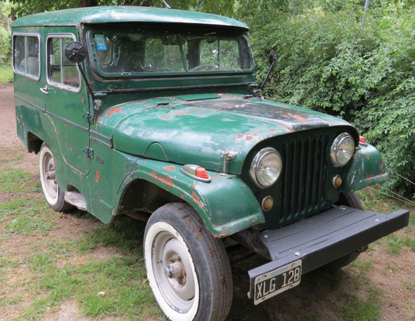 Auto Jeep IKA 1958 JA3UB