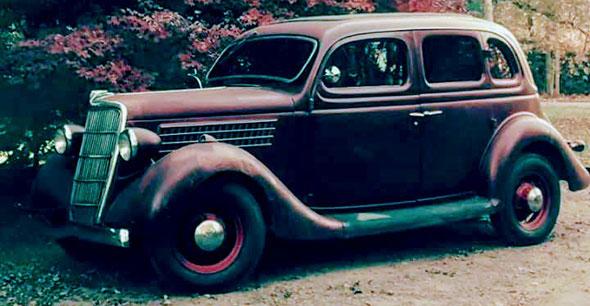 Auto Ford 1935 Fordor
