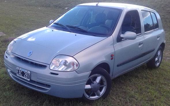 Auto Renault Clio Sony 2002