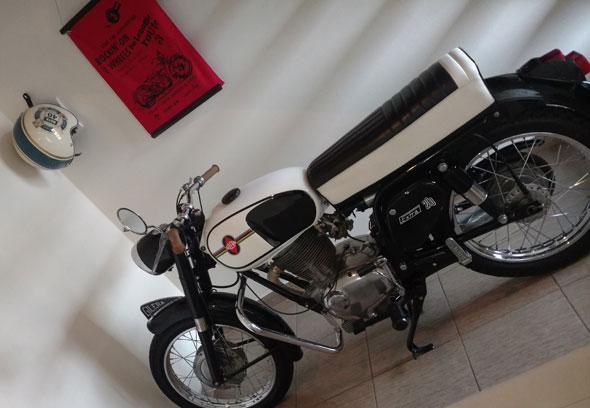 Gilera Extra 200 Motorcycle