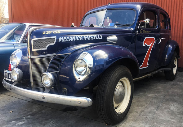 Auto Ford 1940 V8