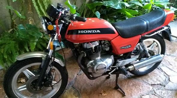 Honda CB 400N Motorcycle