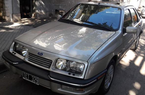 Auto Ford Sierra Ghia SX