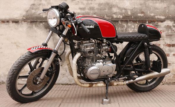 Moto Kawasaki Z 440