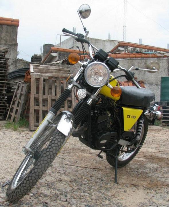 Suzuki TS185 Motorcycle