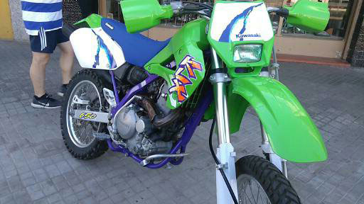 Moto Kawasaki KLX 650R