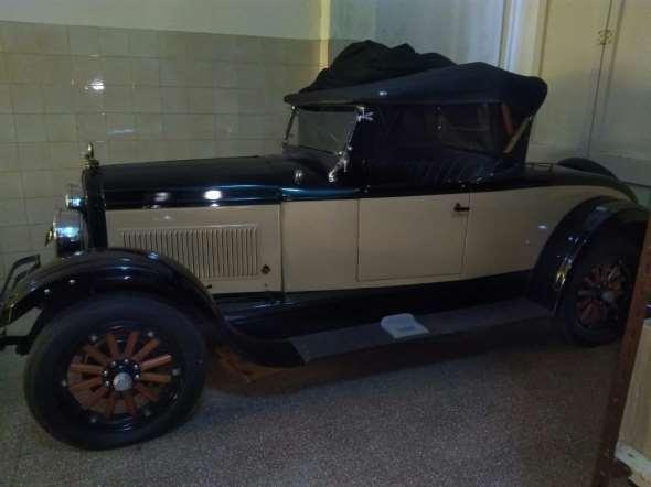 Car Hupmobile 1929