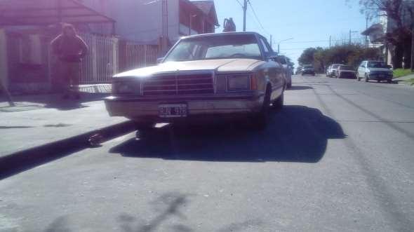 Auto Plymounth 1983