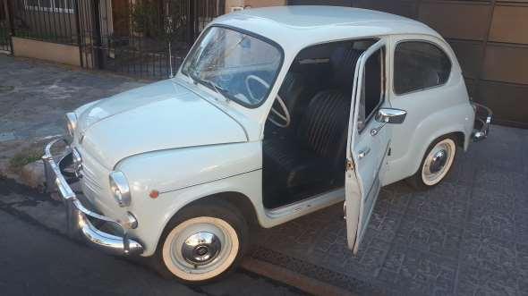 Car Fiat 600 D 1963