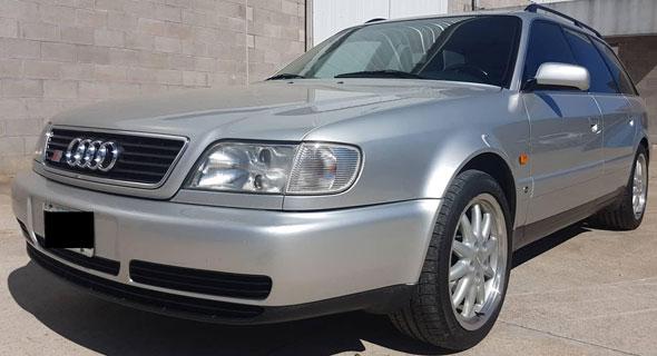 Auto Audi Avant S6