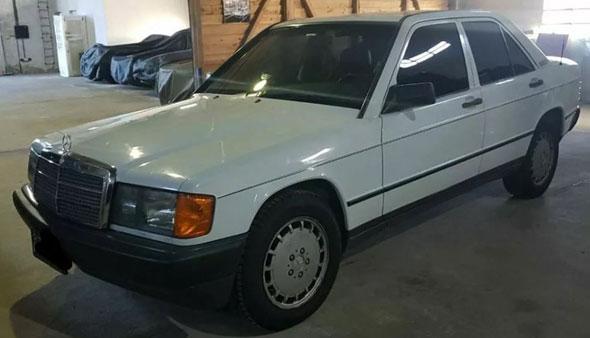 Car Mercedes Benz 190 2.5 Turbodiesel