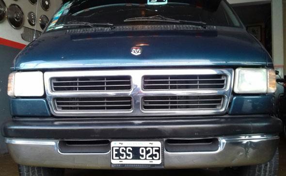 Auto Dodge Ram 2500