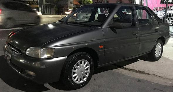 Car Ford Escort