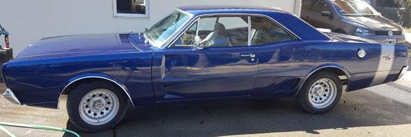 Auto Dodge RT 1973