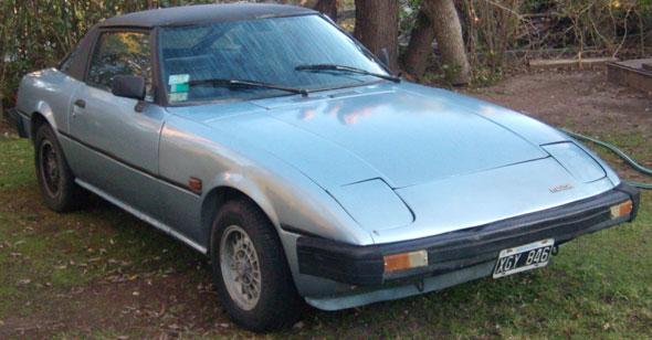 Auto Mazda RX7 1981