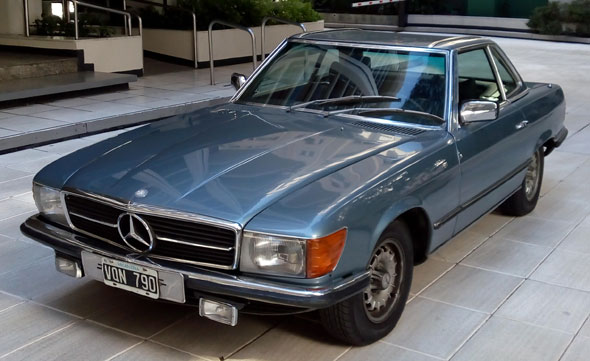 Car Mercedes Benz 280 SL