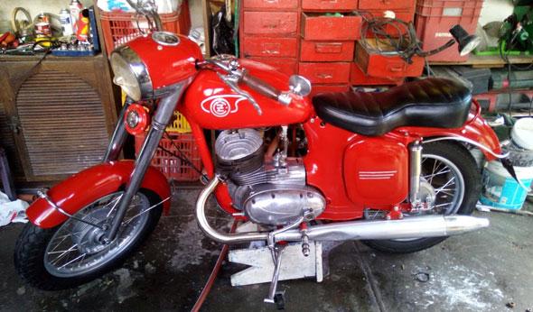 Moto Jawa CZ 175 450