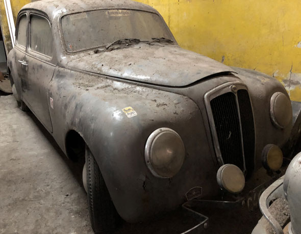 Car Lancia Aurelia