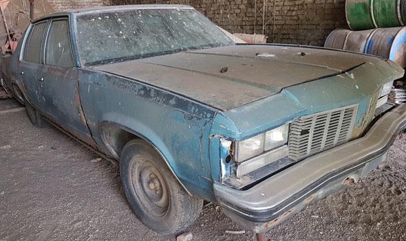 Auto Oldsmobile Delta 88