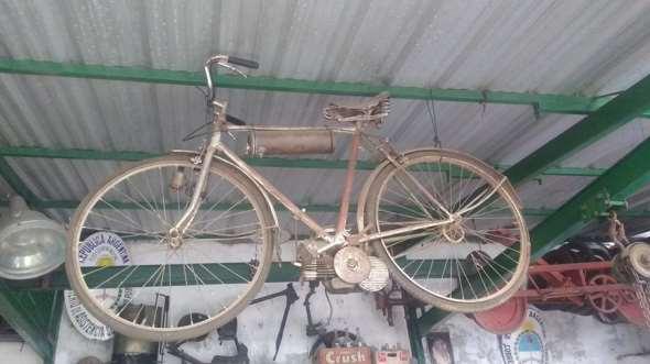 Bicicleta Cucciolo 1950