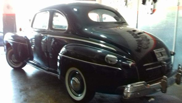 Auto Ford Mercury 1946