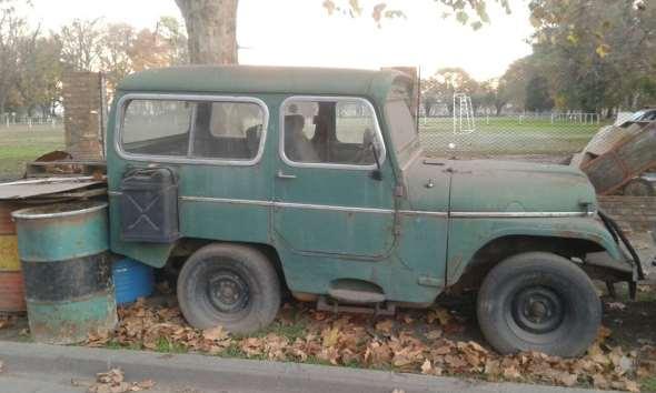 Auto Jeep 1967