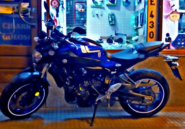 Auto Yamaha Mt07
