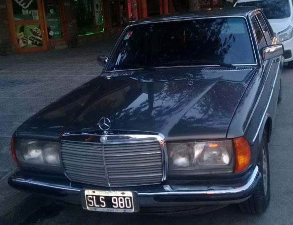 Auto Mercedes Benz 280 E