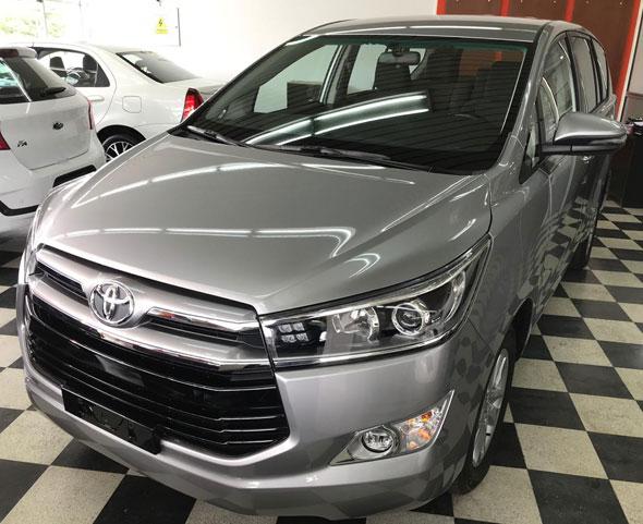 Auto Toyota Innova 2.7 SRV Aut 8A