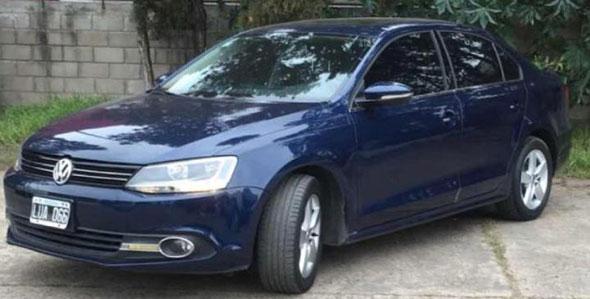 Auto Volkswagen Vento Luxury 2.5 2012