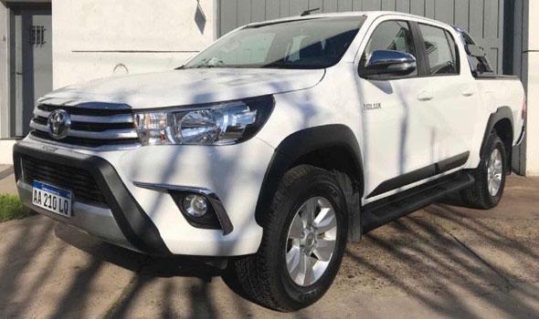 Auto Toyota Hilux SRV 2.8 Pack 2016