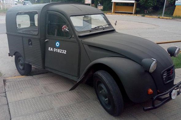 Auto Citroen 3CV Furgoneta