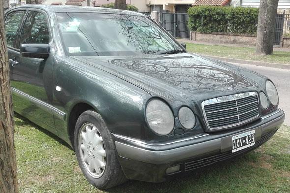 Auto Mercedes Benz 320 E 1996